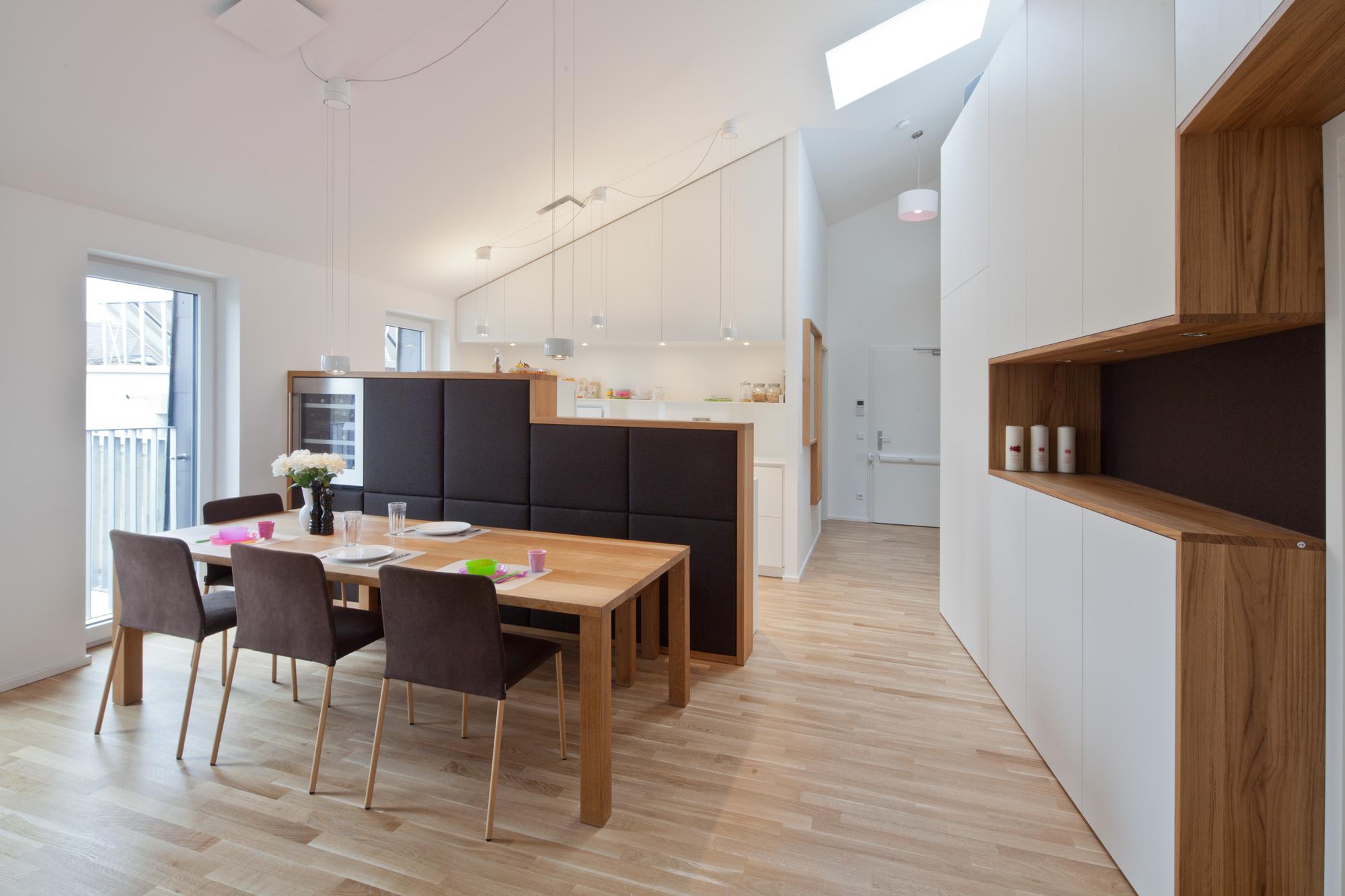 dachgeschosswohnung schwabing lignum arts. Black Bedroom Furniture Sets. Home Design Ideas